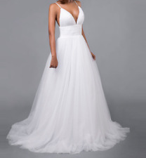 Cheap sexy beach spaghetti strap wedding gown/dress