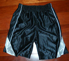 NEW NIKE BASKETBALL SHORTS IN A VARIETY OF SIZES AND COLORS