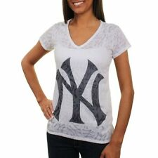 New York Yankees Women's Sublime V-Neck T-Shirt - White - MLB