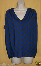 Fenn Wright Manson womens blue gray chevron striped keyhole ruched tunic top $78