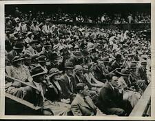 1935 Press Photo Wimbledon tennis stadium fans in England watch matches