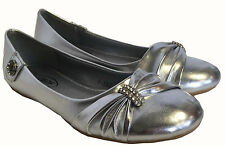 WOMENS SILVER ROUND TOE FLAT SUMMER SLIP ON DOLLY BALLERINA SHOES BOW & DIAMANTE