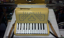 Vintage Crucianelli Video 12-12 Bass 25 Key Quarter Accordion Made in Italy NICE