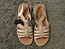Ladies Cushion Walk Sandals With Fringed Jewelled Detail - White - Size 7 EEE