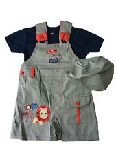 NEW BABY BOYS JUNGLE HERO DUNGAREE 3 PIECE SET OUTFIT SIZE 6-12, 12-18 & 18-23