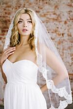 Elegant Bridal Veils Fingertip Ivory White Wedding Veils Lace 2017 Custom Made