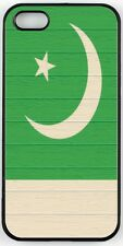 Rikki Knight Pakistan Flag on Distressed Wood Case for iPhone 4/4s, 5/5s, 5c, 6/