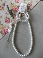 1 x Glass Pearl Necklace, Bracelet and Earring Jewellery Set, White Pearl
