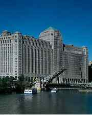 Photo Chicago Illinois United States City Merchandise Mart waterfront office