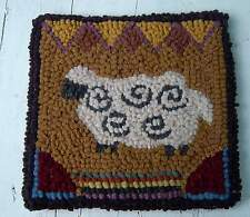 """SHEEP ON THE BORDER"" Primitive Rug Hooking Kit with #8 cut wool fabric strips"