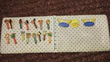 Pez International pez club + complete set of 15 pins PEZ ALBUM