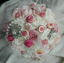 Stunning wedding flowers Brides/bridesmaid brooch/button bouquet posie