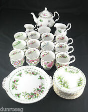 ROYAL ALBERT FLOWERS OF THE MONTH VINTAGE PIECES
