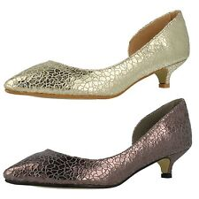Ladies Savannah F9784 Pewter Or Gold Kitten Heel Cut Out Side Court Shoes