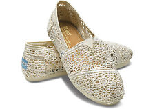 TOMS WOMENS MOROCCO CROCHET SLIP-ON SHOES