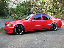 Mercedes-Benz : E-Class Four door sedan