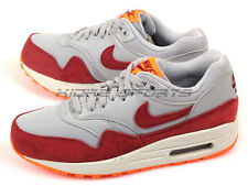 Nike Wmns Air Max 1 Essential Wolf Grey/Team Red-Orange-Summit White 599820-015
