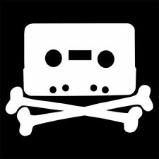 HOME TAPING SKULL (player the pirate bay tape audio deck micro recorder) T-SHIRT