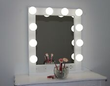 HOLLYWOOD STYLE LIGHTED VANITY MAKEUP MIRROR, 24 x 28