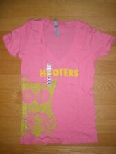 NEW WOMENS SEXY PINK HOOTERS OWL LOGO STRETCHY T-SHIRT CHICAGO IL MED/LRG/XL