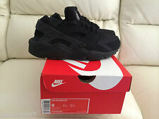 NIKE AIR HUARACHE TRIPLE ALL BLACK  UK ALL SIZES 5-13 LIMITED EDITION NEW *LOOK*