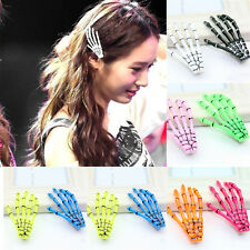 2pcs Girl's Skeleton Hand Bone Hair Clips Hairpins Punk Zombie Halloween Party