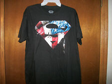 DC Comics Superman Red Whtie and Blue Patriotic dripping Logo t-shirt NWT Small