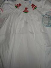 nwt Remember Nguyen white Christmas topiary smocked bishop dress girls 2T, 3T 4T