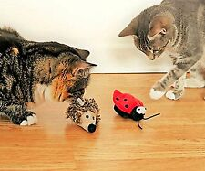 GIGwi Cat Melody Chaser Cat Toy Touch activated Realistic  bug / animal sound
