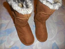 nwt Hot Tomato faux suede fur lined boots girl 11, 1 or 3 M free ship USA