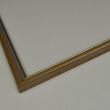 Traditional wooden picture frame in Do-It-Yourself [PFC-008]