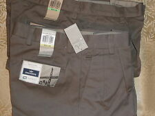 DOCKERS Mens Pants D4 RELAXED FIT True Chino Comfort BROWN 100% Cotton Khaki NWT