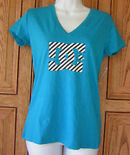 DC Shoes Zebra Black White Logo Blue V Neck T Shirt Top NWT Pacsun Box29