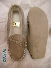 """Mens soft sole moccasin slipper size 10 """"6-11""""  warm wool lining"""