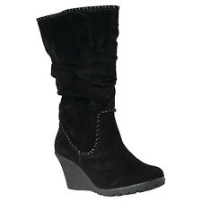Bamboo Womens Marlyn Contrast-stitched Wedge-heel Microsuede Boots
