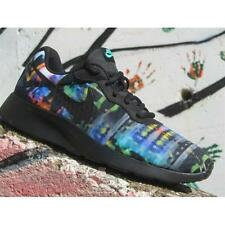 Shoes Nike Tanjun Print 819893 003 Man Sneakers Black Green Glow