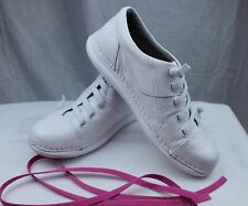 Nursemates Tibby White Lightweight Nurses/Doctor/Chef Shoes W/ Extra Pink Laces