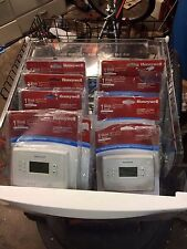 LOT OF 10 Honeywell 7 Day Programmable Thermostats (RTH221B)