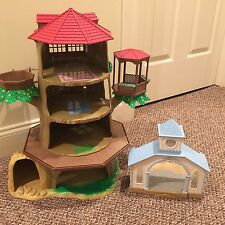 Sylvanian Families Calico Critters Old Oak Hollow tree house plus Wedding Chapel