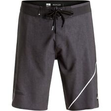 Quiksilver New Wave Everyday 20in Mens Shorts Boardshorts - Black All Sizes