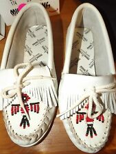 NEW MINNETONKA WHITE BEADED LEATHER MOCCASINS U CHOOSE SIZE NWOB