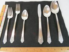 Precious 1941 Teaspoons Grill Knives Forks Spoons Deluxe Plate Rogers Choice