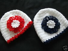 HANDCROCHETED BABY HAT WITH GIANT DAISY IN SPARKLY YARN..0/3..3/6...9/12 MONTHS