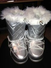 Xhilaration Girls Youth Silver Moon Boots Goth Winter Snow Boots Nelle 7 sizes