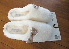 NWT Jessica Simpson IVORY SLIPPERS Indoor/Outdoor Sole faux sherpa CUSHIONING