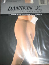 New DANSKIN Women's DANCE 9754 Cropped Hipster Theatrical Pink TIGHTS C/D