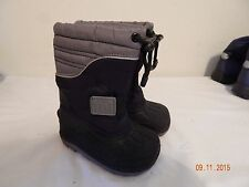 Boys Toddler Snow Winter boots Size 5 Coasters nice  Black Grey