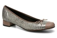 Women's Elizabeth Stuart Jouti 926 Rounded toe Ballet Pumps in Brown