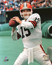 Bernie Kosar Cleveland Browns NFL Action Photo SD148 (Select Size)