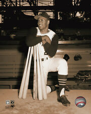 Roberto Clemente Pittsburgh Pirates MLB Photo DP016 (Select Size)